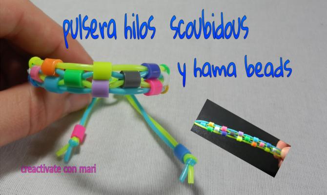 cómo hacer una pulsera scoubidous y hama beads